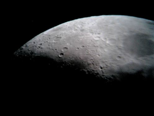 Picture of the Moon 24/9/2009 at 33 phase. (Click foe Larger Picture)